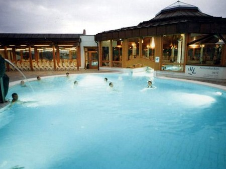 Therme loipersdorf kontakt